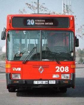 Un británico se masturba en un autobús de TUZSA